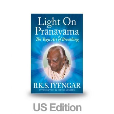 Light on Pranayama - US Edition